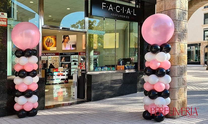Fachada Perfumería Facial de Sant Quirze