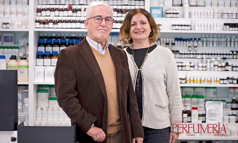 Manel Lavega y Marina Llobet, propietarios de Proquimia Cosmetics